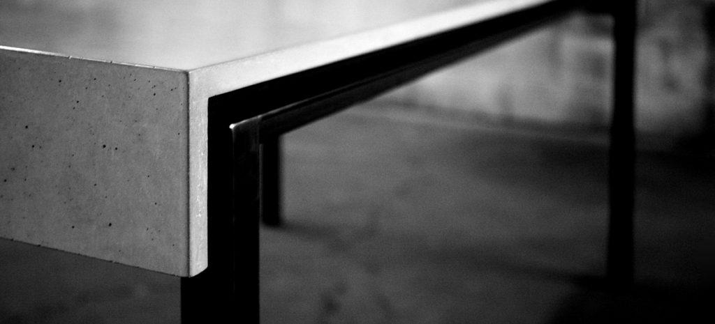 c3studio par mario painchaud-béton-table sur mesure